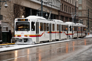 Denver_LRVs_in_snow,_on_Stout_St_in_downtown